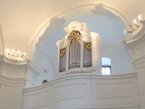 Tésa – Templom belső felújítás